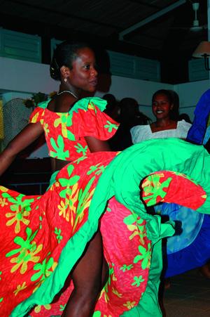 femme spectacle de Séga à Rodrigues